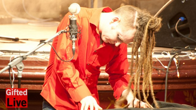 Duke Special 'Condition' performed for GiftedLive.com 29/03/12