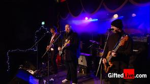 Pugwash 'There you are' performed live for GiftedLive.com on 07/06/12