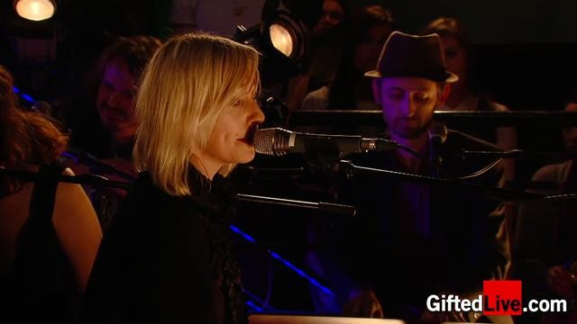 Cathy Davey, Neil Hannon & friends 'How Much Is That Doggy in the Window' performed for GiftedLive.com on 22/11/12